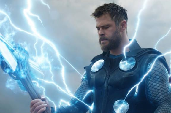 Chris Hemsworth in una scena del film Avengers: Endgame