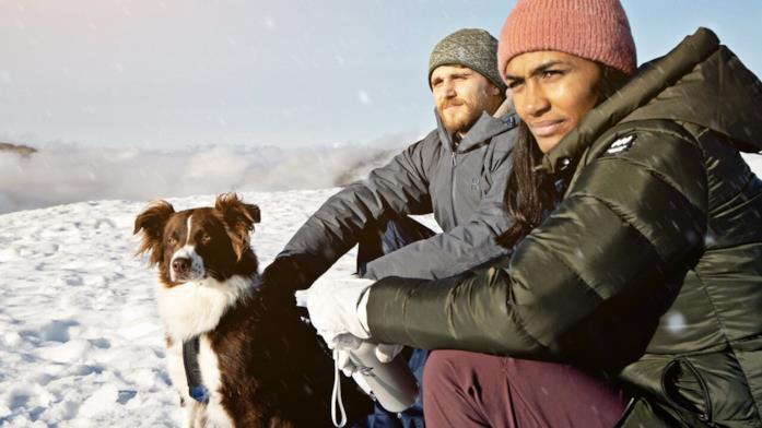 David, Nadja e Boris ammirano le montagne svedesi