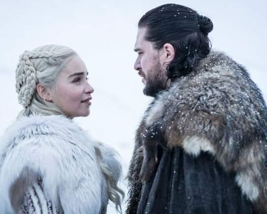 Jon e Daenerys insieme in Game of Thrones 8x01