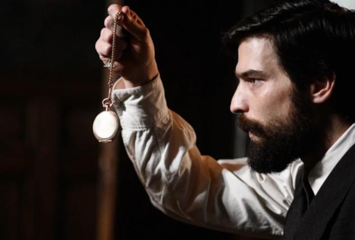 Una scena di Freud, nuovo crime thriller disponibile su Netflix