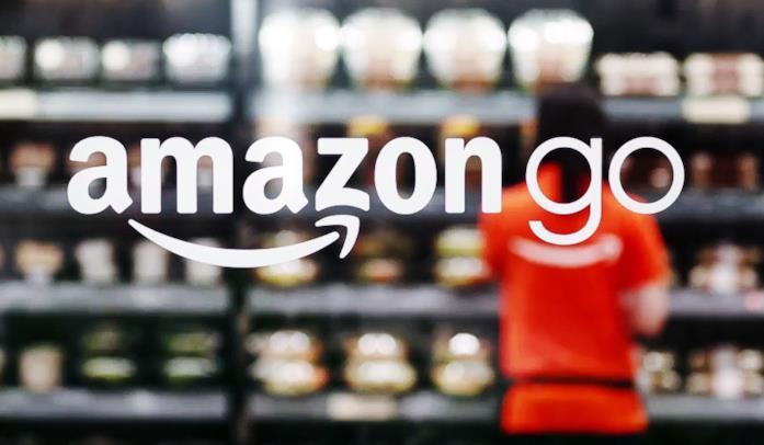 Il logo di Amazon Go nel negozio di Seattle