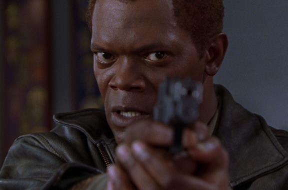 Il negoziatore: la trama e la spiegazione del finale del film con Samuel L. Jackson