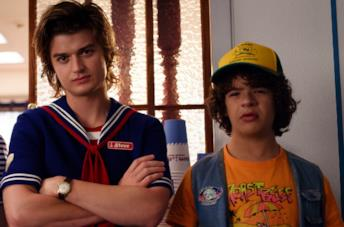 Joe Keery e Gaten Matarazzo in Stranger Things