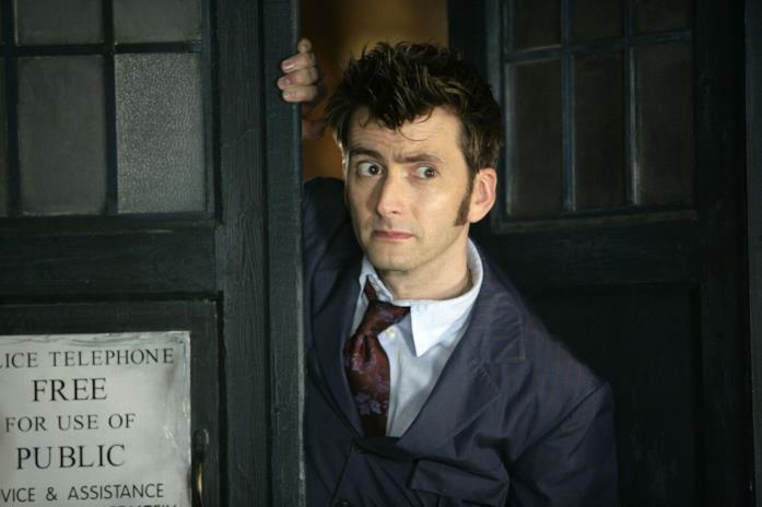 Un'immagine che ritrae David Tennant nei panni del dottore in Doctor Who