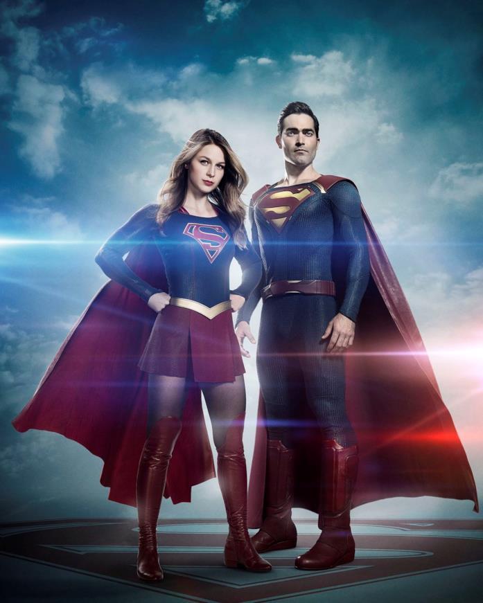 Melissa Benost (Kara) al fianco di Tyler Hoechlin (Superman) in Supergirl