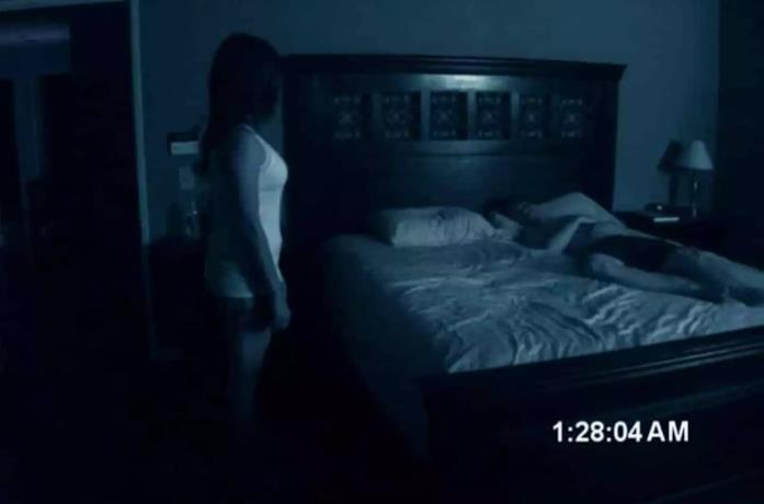 Una scena del film Paranormal Activity