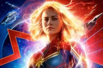 Primo piano di Carol Danvers, poster di Captain Marvel