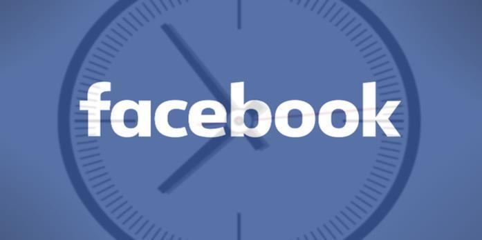 Logo di Facebook con un orologio sullo sfondo