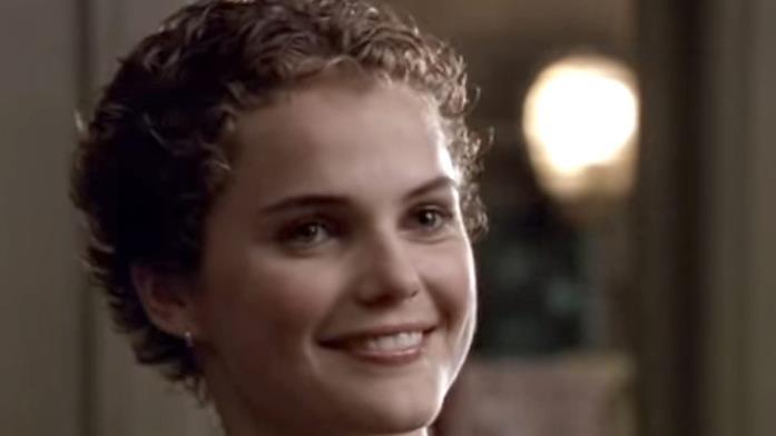 Keri Russell nelle vesti di Felicity con i capelli cortissimi