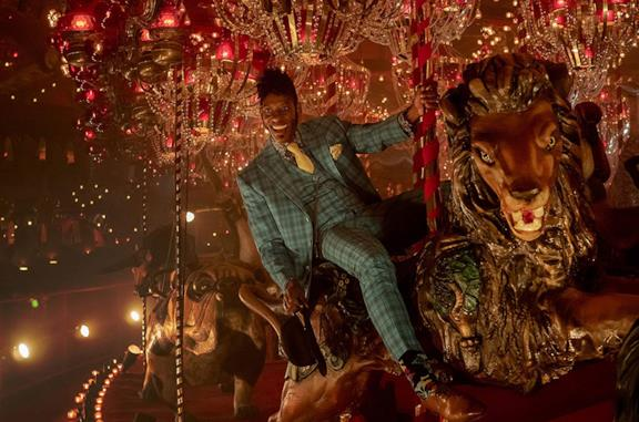 Orlando Jones è Mr. Nancy in american Gods