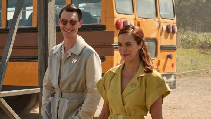 Jessica Brown Findlay e Harry Lloyd in Brave New World