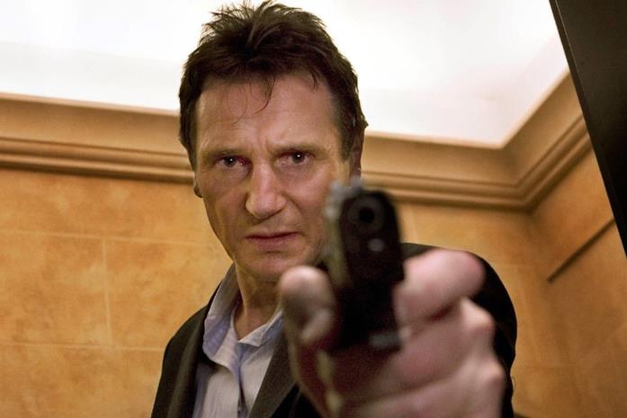 Liam Neeson in una scena di Io vi troverò