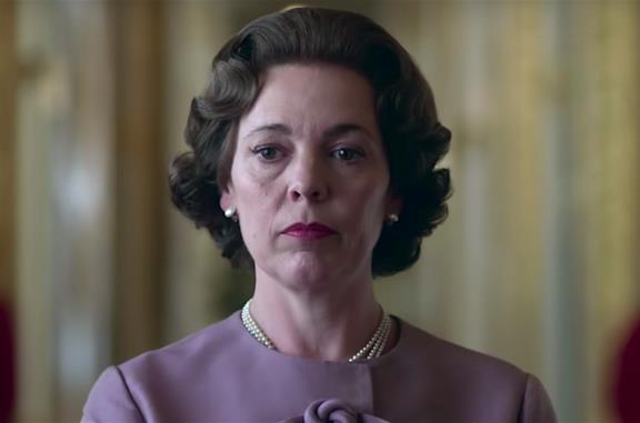 Olivia Colman nei panni di Elisabetta II