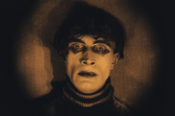 Conrad Veidt in una scena del film Il gabinetto del dottor Caligari