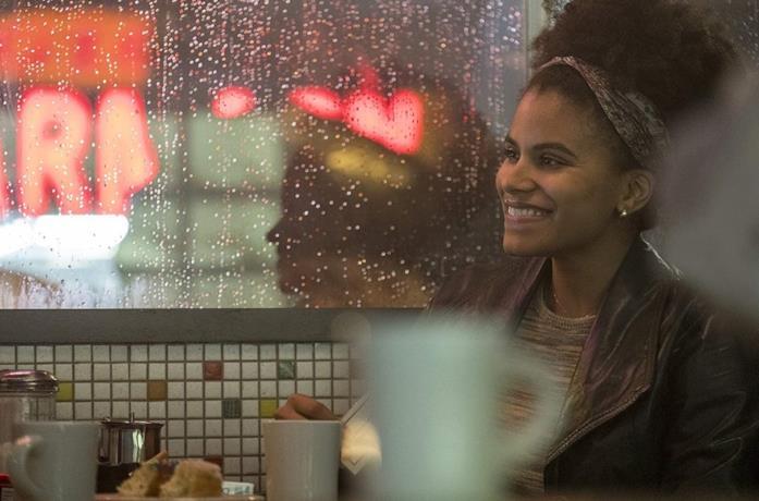 Zazie Beetz in una scena del film Joker