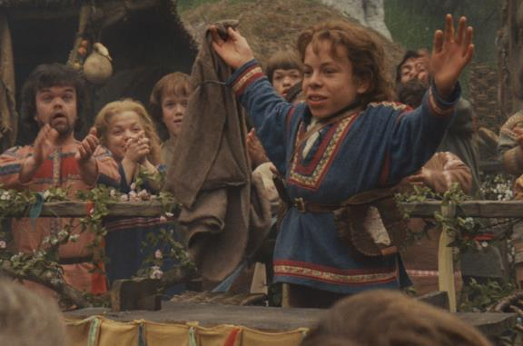 Warwick Davis nel film Willow