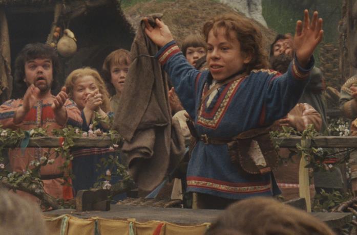 Warwick Davis nel film Willow