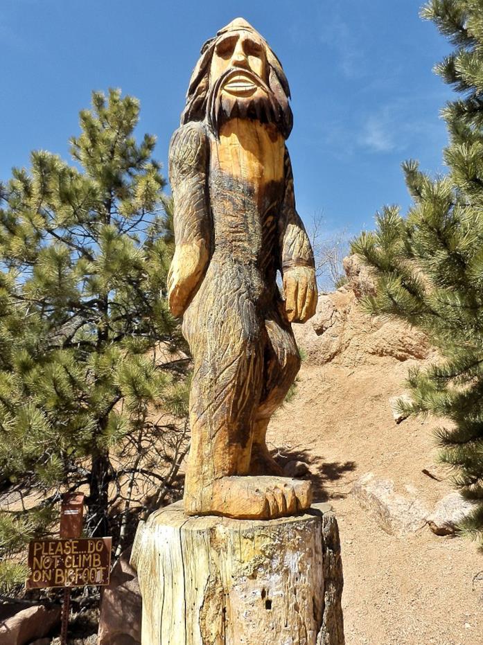 Una stata in legno del Bigfoot