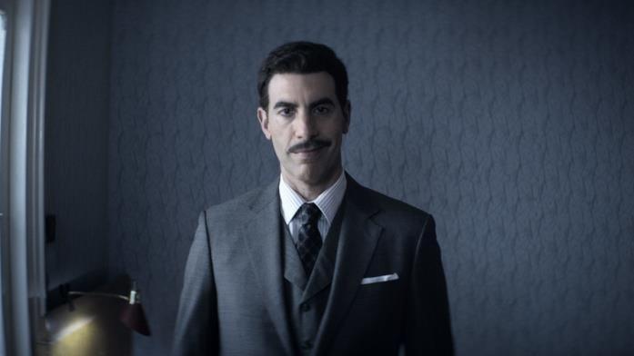 Sacha Baron Cohen nella serie The Spy