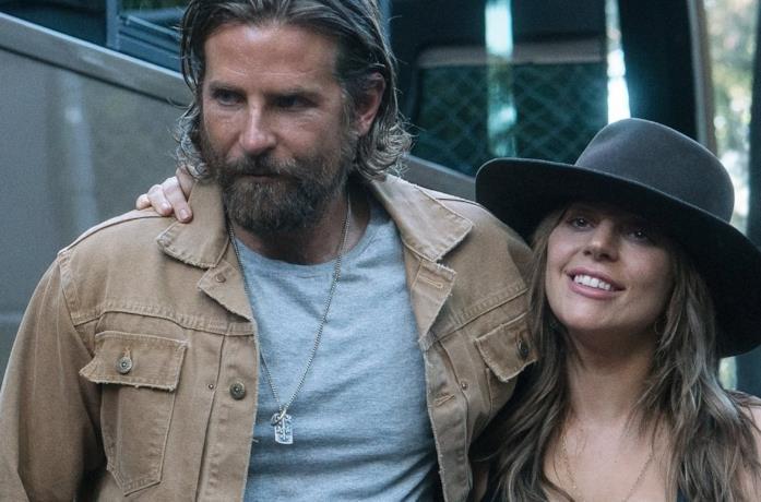 Bradley Cooper insieme a Lady Gaga in A Star is Born