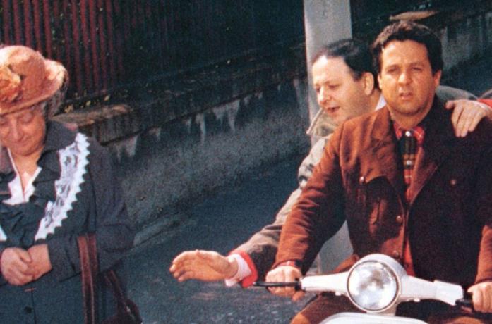 Massimo Boldi e Renato Pozzetto in una scena del film Il ragazzo di campagna