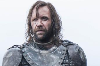 Un mezzo primo piano di Rory McCann in una scena di Game of Thrones