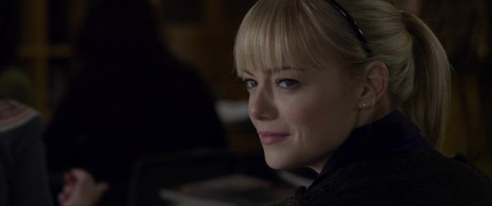 Emma Stone interpreta Gwen in The Amazing Spider-Man