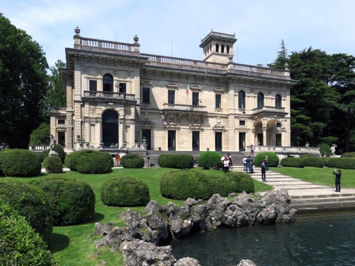 Villa Erba a Como, ambientazione chic dei party di Made in Italy