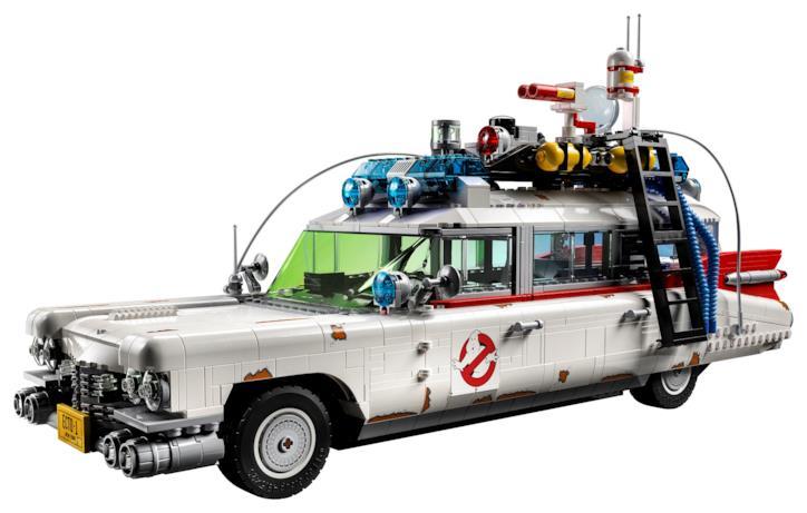 La parte frontale della Ghostbusters Ecto-1 LEGO