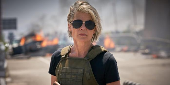 Un'immagine di Terminator: Destino oscuro che ritrae Linda Hamilton nei panni di Sarah Connor