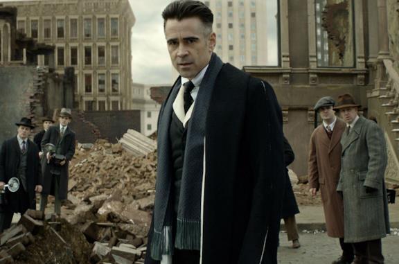 Colin Farrell è Percival Graves in una scena di Animali fantastici e dove trovarli