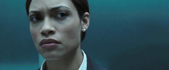 Rosario Dawson nel film Eagle Eye