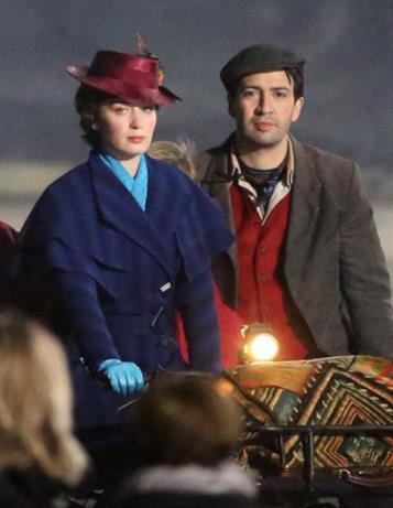 Emily Blunt e Lin-Manuel Miranda sul set di Mary Poppins