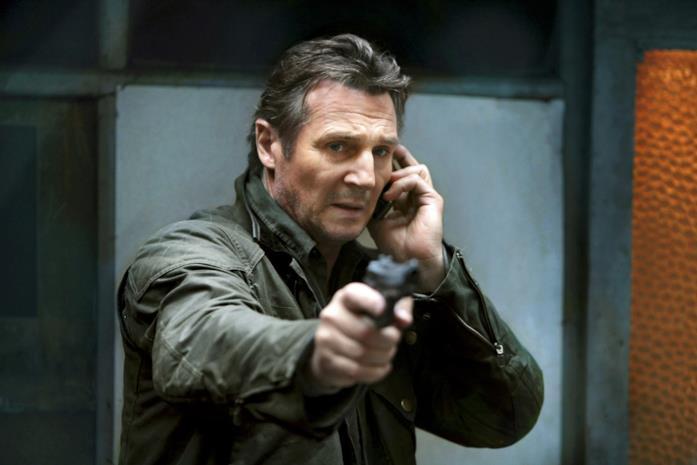 Liam Neeson in una scena di Taken - La vendetta