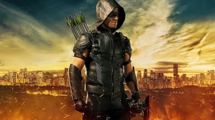 Primo piano di Stephen Amell come Arrow