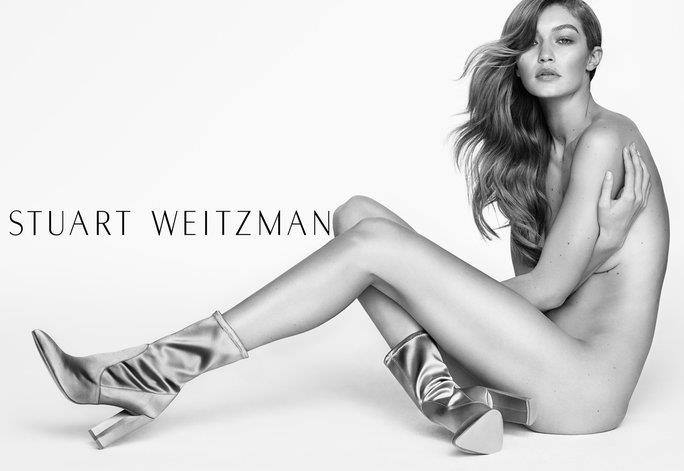 Gigi Hadid nuda e in Clinger Boots per Stuart Weitzman