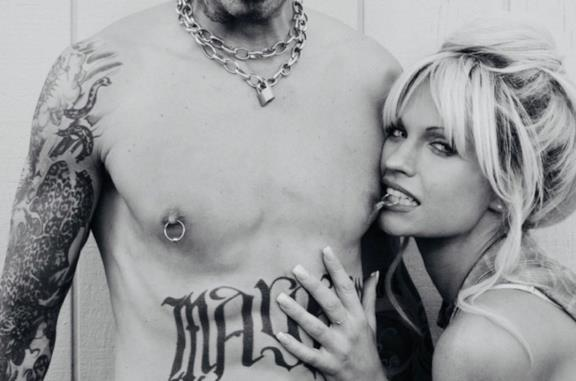 Lily James come Pamela Anderson e altre 8 incredibili somiglianze nei film biografici