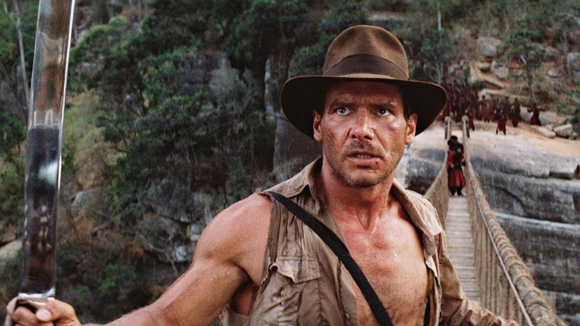 Indiana Jones in una scena tratta da Indiana Jones e il tempio maledetto