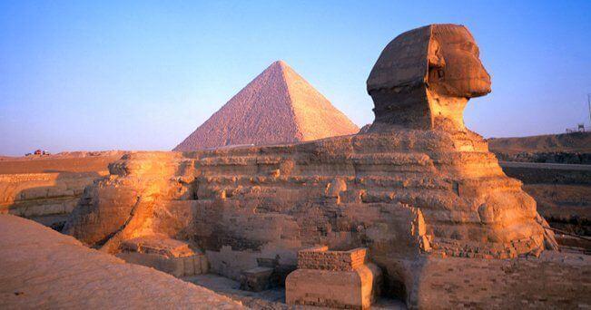 Panoramica della Sfige e della Piramide di Cheope in Egitto