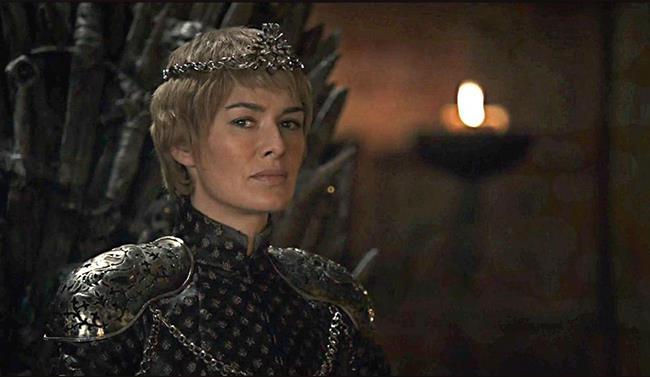 Cersei Lannister sul Trono di Spade in Game of Thrones 6