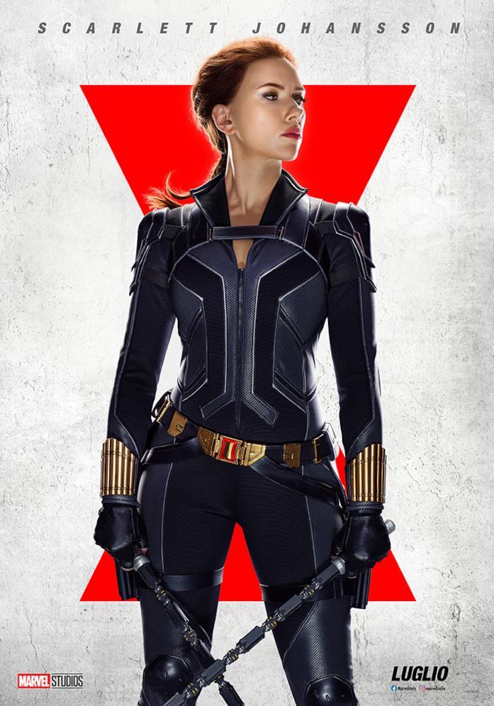 Scarlett Johansson nel poster promozionale di Black Widow