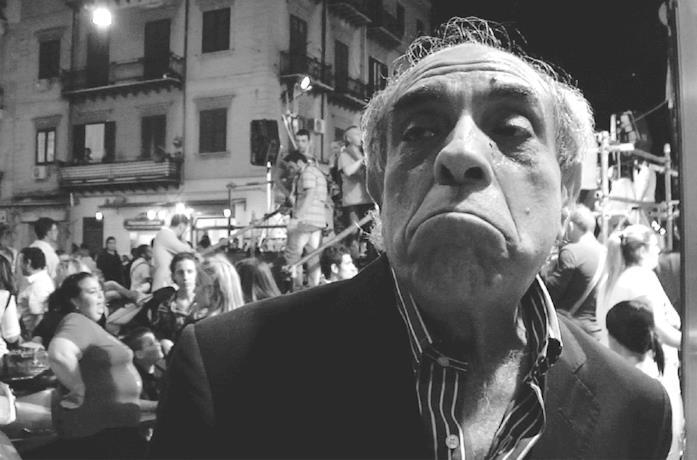 Ciccio Mira in una scena del film Belluscone - Una storia siciliana