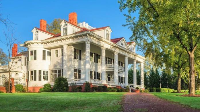 La villa scelta per essere la residenza della famiglia Wilkes