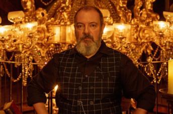 Carlo Lucarelli sul set di In compagnia del lupo