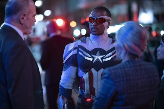 Come è nato il primo discorso di Sam da Captain America e cosa significano le sue parole
