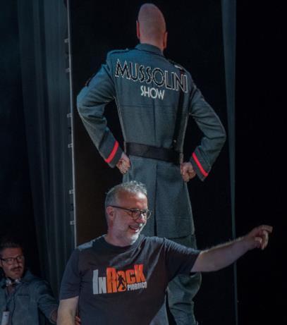 Una scena di Sono tornato con Mussolini star