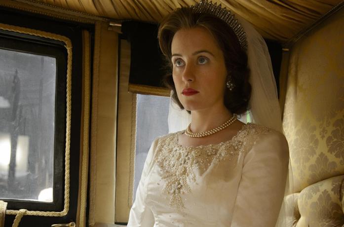 Claire Foy in una scena della prima stagione