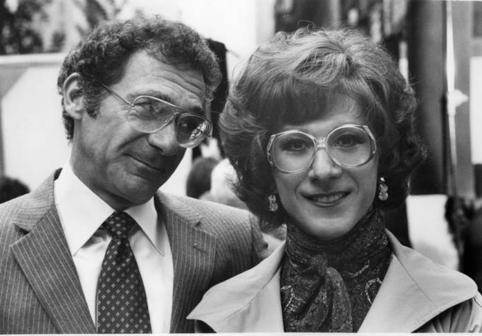 Dustin Hoffman è l'attempata Dorothy in Tootsie