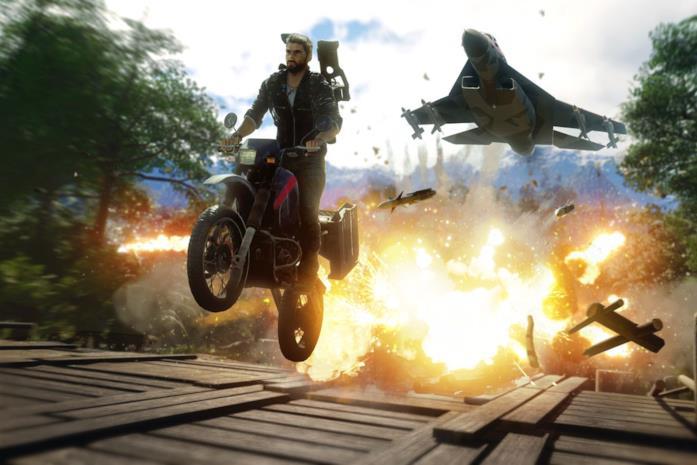 Rico Rodriguez in sella ad una moto in uno screen di Just Cause 4