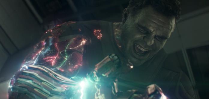 Hulk e il Guanto dell'Infinito